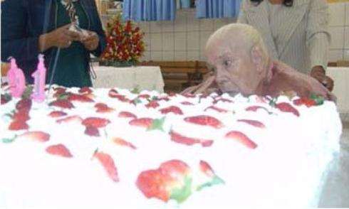 Missionária Odete, já doente, no ano de 2003