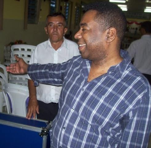 Valdemar C. Santos - Igreja Apostólica